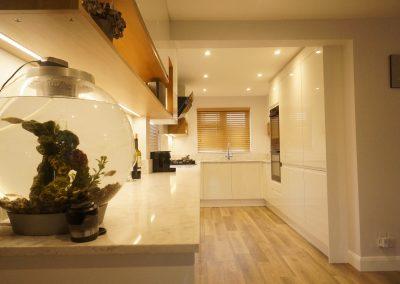 J pull high gloss kitchen